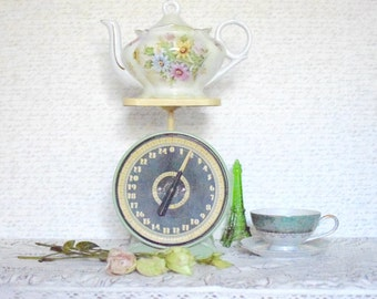 Vintage Floral Ceramic Musical Teapot - SALE WAS 48.00