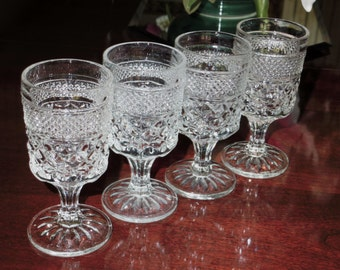 """4 ANCHOR HOCKING WEXFORD Pressed Crystal Wine Goblets Criss Cross Glasses Stems 5 3/8"""" High Four Set Excellent Condition"""