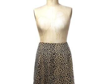 vintage 1990s leopard print skirt / faux fur textured velvet / Sense / a-line mini skirt / women's vintage skirt / size large