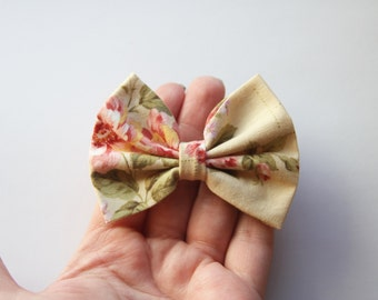 SMALL Annabelle Hair Bow - Cream with Floral Pattern Hair Bow with Clip