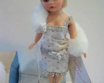 Pearl June 1150 Flapper Madame Alexander 10 in doll