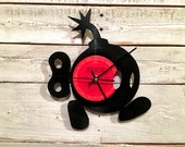 Bob-omb Clock | Vinyl Record • Upcycled Recycled Repurposed • Handmade • Portrait Silhouette • Video Game • Super Mario