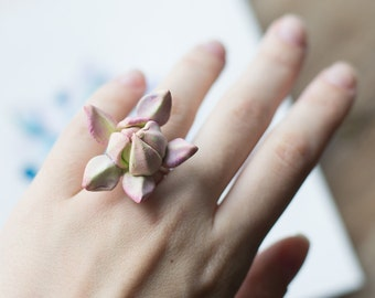 Succulent ring - succulent jewelry - eco friendly jewelry - succulent wedding - botanical ring - tropical jewelry - nature ring - garden