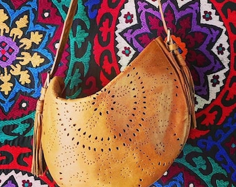 DESERT ROSE. Boho leather bag / leather shoulder bag / leather hobo bag purse / boho shoulder bag. Available in different leather colors.