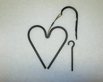 "Heart Dinner Bell - Hand Forged, Metal Dinner Bell Heart ""Triangle"""