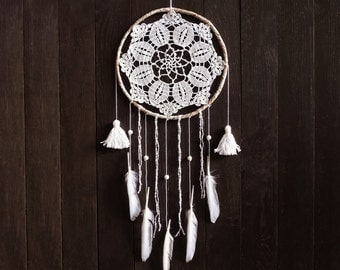 Dream catcher, wall decoration, white, crochet dreamcatcher, large, boho, bedroom, handmade, wall hanging, crochet doily, white flower
