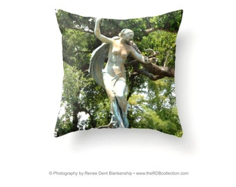 Audubon Fountain Pillow