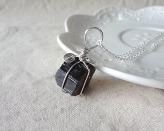 Black Square Manual Winding Stone Gemstone Quartz Rough Charm Necklace 852