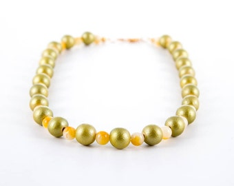 Metallic Green Wooden Bead Necklace, Yellow Gemstone Accents, Fall Colors, Autumn Jewelry, Lightweight Necklace, Semi Precious Stone