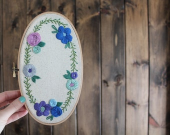 Floral Embroidery Hoop. Home Decor. Embroidery. Wall Art. Unique Home Decor. Wall Hanging. Floral Art.