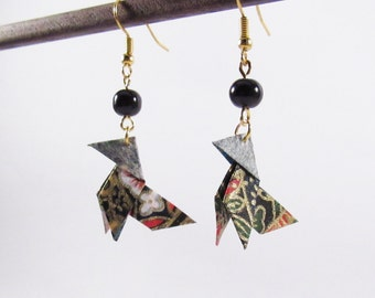 Origami birds earrings * MOYO * Jewelry . Chick . Chicken . Paperbird . Paper . Washi . Black .  Flowers . Animal . Japan . Origami jewel