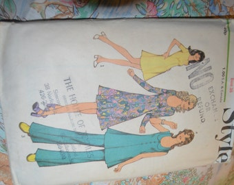 Style 3697 Misses Dress, or Tunic and Trousers Sewing Pattern - UNCUT - Size 14 Bust 36