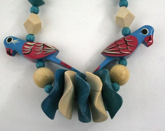 1980s Painted Wood Parrots and Beads Necklace