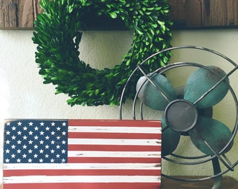 Distressed American Flag Wood Sign -Rustic Decor - Patriotic gift - Rustic American Flag sign- Photography Prop - 4th of July