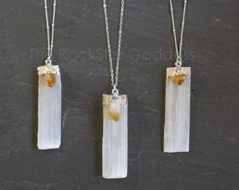 Selenite Necklace / Silver Selenite Pendant / Silver Selenite Necklace / Raw Selenite Necklace / Selenite Jewelry / Mother's Day Gift