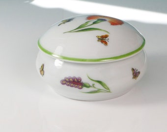 Tiffany & Co. Tiffany Garden Limoges Porcelain Trinket Dresser Box With Cover Made in France