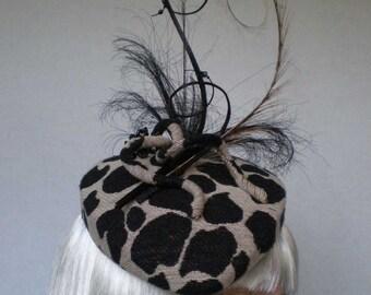 Animal print percher beret hat