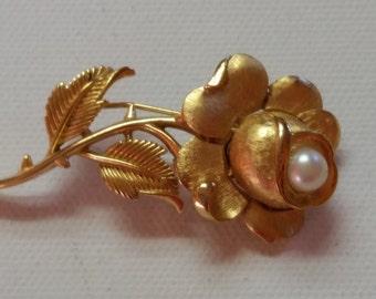 Trifari Flower Brooch, Goldtone Flower Brooch, Signed Trifari Brooch, Trifari Jewerly, Mother's Day Gift Jewerly
