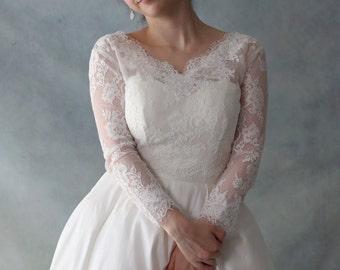 Long Sleeve Modern Bride Ivory White Lace Wedding Bridal Bolero with V Neck and Lace up Back