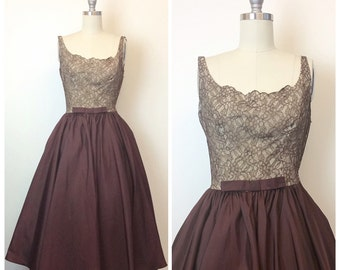50s Kay Selig Brown Lace Illusion Formal Dress / 1950s Vintage Fit and Flare Party Dress With Scalloped Neck and Bow / Medium / Size 6