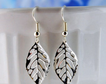 Silver leaf earrings, fall earrings, silver earrings, gifts for her, fall gift, dangle earrings, lace leaf earrings, simple earrings, gift