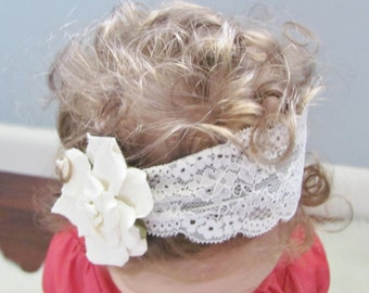 Flower headband - white