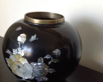 Vintage Black Lacquered Vase on Brass with Mother of Pearl Design