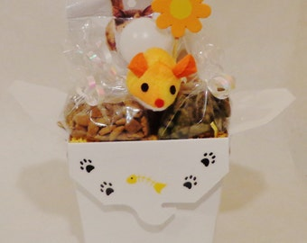 Cat gift basket with toys and treats, unique cat gift, cat birthday gift, personalized cat gift, cat nip, new cat/kitten gift