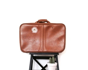 Vintage 1970's Traveling Leather Suitcase