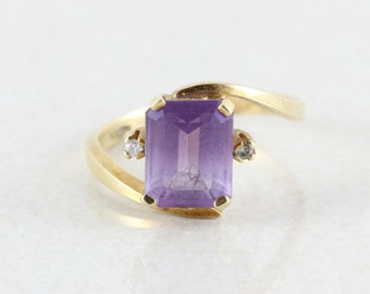 10k Yellow Gold Amethyst and Diamond Ring Size  8 1/4