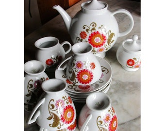 70s porcelain floral tea set