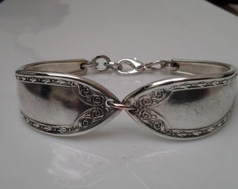 Spoon ring and bracelet Sheraton.