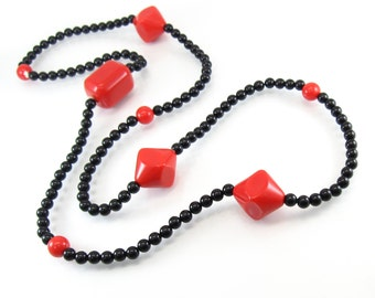 Vintage Red Black Necklace, Lucite Beads