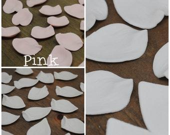 15 Edible Gumpaste Elegant Rose Petals - White, Ivory or Pale Pink!
