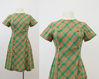 1960s plaid mini dress - vintage 60s mod dress - short mini skirt - tartan brown green - scooter go go shift dress - small medium s m