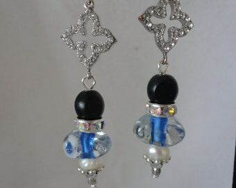 Blue Glass Onyx Pearls Earrings******.