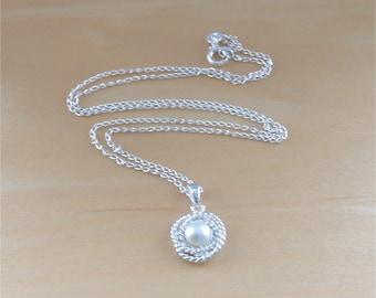"925 White Freshwater Pearl Pendant & 18"" Silver Chain/White Freshwater Pearl Necklace/White Pearl Jewellery/White Pearl Jewelry/Bridal Chain"
