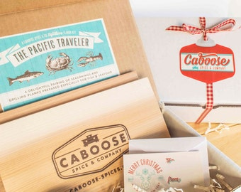 BBQ Gift Box: The Pacific Traveler Mini - Fish & Seafood Rub plus 2 Cedar Grilling Planks