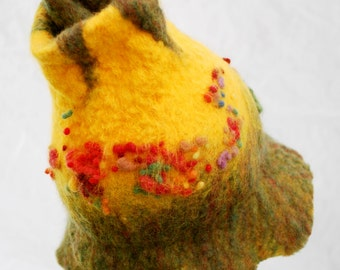 sold - Flower Fairy Hat, Waldorf inspired children's felted wool hat, photo prop, daffodil