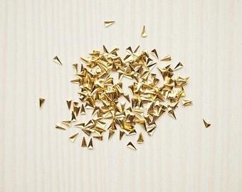 100pcs of skinny nail art triangle studs/ Size 1.5x3mm/ Nail art studs/ Gold nail decorations/ Nail art supplies/ Metal nail decor