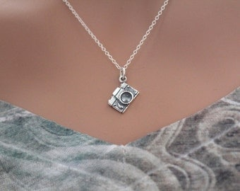Sterling Silver Camera Charm Necklace, Silver Camera Necklace, Photographer Necklace, Photography Necklace, Gift for Photographer, Camera