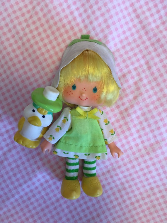 Strawberry Shortcake Doll Mint Tulip with Marsh Mallard 1