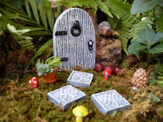 Fairy doorfairy garden kitceltic fairy doorceltic for Irish fairy garden