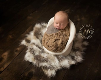 Tibetan Sand Fox Faux Fur , Newborn Photo Prop, Thick Pile, Baby Photo Prop. Layering Blanket.