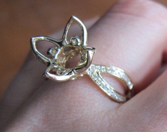 Abstract Flower Ring Setting, Petal Prong Semi Mount, 10mm Setting