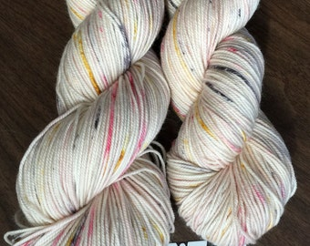 """Sweet Pea SPORT 80/20 3 ply Hand-Dyed Speckled Sock Yarn -328yds """"Birds of a Feather"""""""