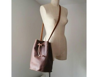 Large Cross Body Bucket Bag - Henna Brown Leather