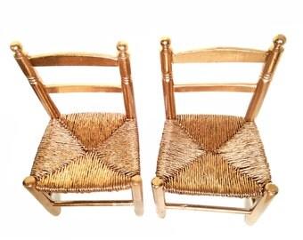 Chaises pour enfants / décoratives LE CAIRE -- 2 chaises peintes or cuivré, relookées, chaises paillées par SophieLDesign