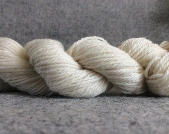 6 SKEINS Cormo Yarn Sport Weight 3-ply 200 yd
