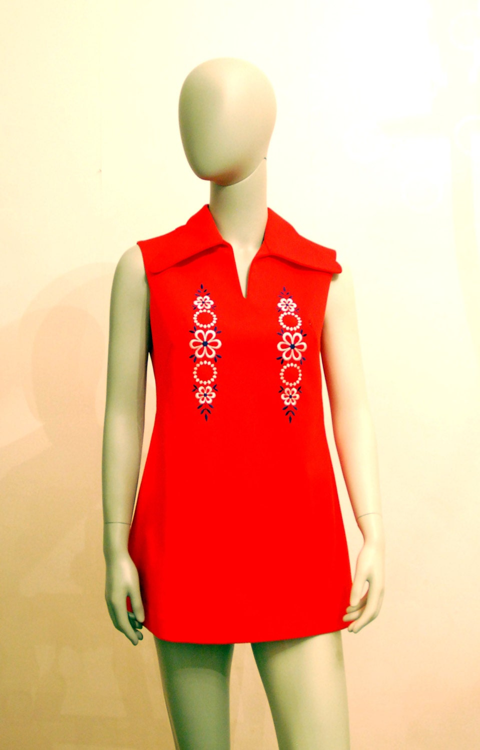 sleeveless vintage 60s micro mini red mod dress with white. Black Bedroom Furniture Sets. Home Design Ideas